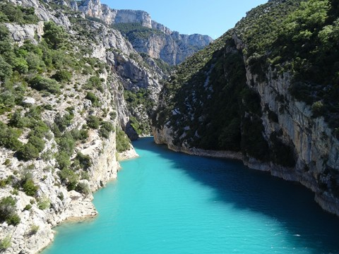 blue waters of Verdon river south france walking holiday
